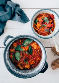 minestronesoep Healthy Soup, Healthy Recipes, Food Tasting, Curry, Lunch, Ethnic Recipes, Kitchens, Curries, Lunches