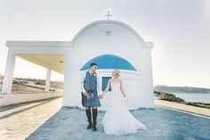 The white and blue are a gorgeous backdrop!  Image by Chantal Lachance-Gibson Photography.