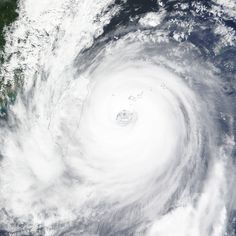 Super Typhoon Dujuan, 9.28.15
