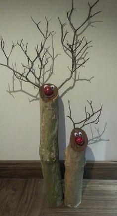 Bekijk de foto van digidebb met als titel Schattige rendiertjes met kerstbal als neus. en andere inspirerende plaatjes op Welke.nl.