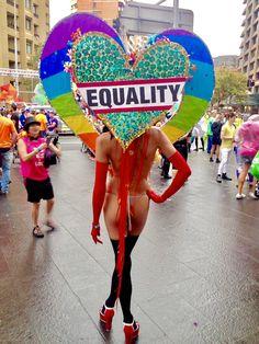 Sydney Mardi Gras 2017 Mardi Gras Sydney, Flawless Makeup, Fashion Face, Beautiful Creatures, Divas, Bali, Reflection, The Incredibles, Inspiration