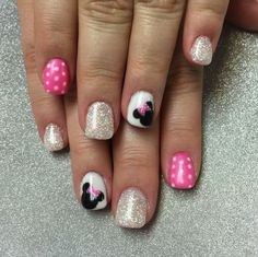 Minnie Mouse Nail Art by Valleybabe from Nail Art Gallery - Disney Minnie nails. Are you looking for easy Halloween nail art designs for October for Halloween - Minnie Mouse Nail Art, Minnie Mouse Nails, Mickey Nails, Nails For Kids, Girls Nails, Fun Nails, Pretty Nails, Disney Nail Designs, Nail Art Designs