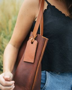 Shop the tote that had a 500-person waitlist! Tote Bags, Leather, Shopping, Carry Bag
