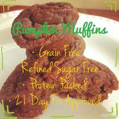 21 Day Fix Kitchen Adventure - Pumpkin Mini Muffins 21 Day Fix Desserts, 21 Day Fix Snacks, 21 Day Fix Diet, 21 Day Fix Meal Plan, Beachbody Meal Plan, Beachbody 21 Day Fix, Pumpkin Recipes, Fall Recipes, 21 Day Fix Breakfast
