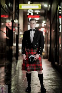 Our Red MacGregor kilt looks fantastic with a traditional Prince Charlie jacket. This is a real statement tartan!