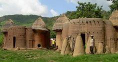 Les châteaux tamberma à Kanté (Nord togo)