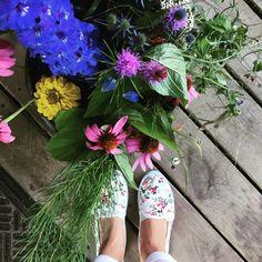 Flower flats from Ardene