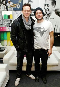 Tom Hiddleston and Charlie Cox. So much hotness in one pic!<<OMG WHY IS CHARLIE SO CUTE IN A BEANIE