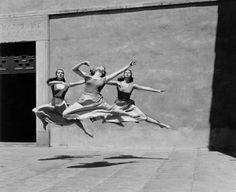 Imogen Cunningham | vintage black & white photography | dancers | jump | leap | fly through the air | point | ballet | suspended moment | dance | expression | motion | shadow