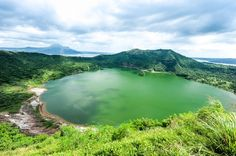 15 Best Things to Do in Tagaytay City (the Philippines) - The Crazy Tourist Taal Volcano, Stuff To Do, Things To Do, Summer Pictures, Manila, Great Places, Beautiful Places, Travel Inspiration, Travel Ideas