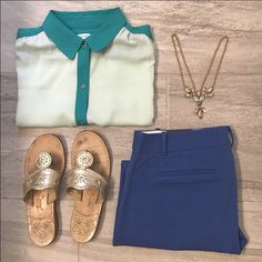 Banana Republic two tone tank Adorable light and dark teal button down tank is the perfect addition to your summer wardrobe. Dress it up or dress it down! Banana Republic Tops Blouses