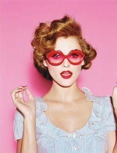 #womens #sunglasses #overthetop #statementshades #bigsunglasses #redlips