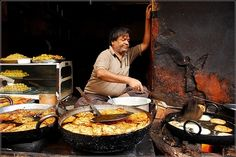 """""""How to safely eat Indian street food"""" And it looks so good why would you not want to?"""