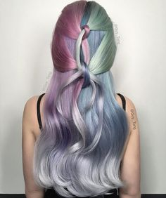 When Ice Queen meets a Unicorn = Frosted Rainbow Princess ❄️ Guy Tang Guy Tang, Metallic Hair Color, Hair Colour, Extreme Hair Colors, Hair Men Style, Oil Slick Hair, Color Fantasia, Hair Tinsel, Neon Hair