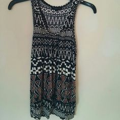 SALE DEAL! Sleeveless summer top Extremely comfy cute sleeveless top with brown black and white designs in perfect condition From smoke free and pet free home. Forever 21 Tops