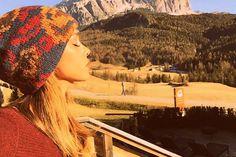 #BelenRodriguez a Cortina: selfie e privacy lontana da Stefano