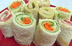 Sandwich Rollups Recipe or called Bread Sushi Recipe its the Perfect Summer Recipe 25359 , Category: Video Recipe ,User name: Foodpassion - Healthy Food Network Kids Cooking Recipes, Sushi Recipes, Easy Baking Recipes, Kids Meals, Bread Recipes, Kid Recipes, Vegetarian Recipes, Chicken Recipes, Healthy Recipes