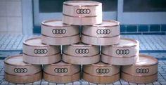 アウディファンよ、銭湯に行け! ― Audi R8 スパイダーが銭湯ペンキ絵に - えん乗り