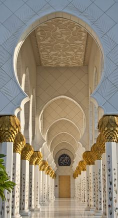 Architecture Discover Grand Mosque Abu Dhabi UAE - It is really beautiful. Art Et Architecture Mosque Architecture Beautiful Architecture Beautiful Buildings Architecture Wallpaper Dubai Abu Dhabi Beautiful Mosques Grand Mosque Abu Dhabi, Mosque Architecture, Art And Architecture, Architecture Wallpaper, Ancient Architecture, Beautiful Architecture, Beautiful Buildings, Beautiful World, Beautiful Places