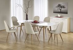 Extendable dining table with metal and MDF legs in natural oak color and white lacquered MDF top for a trendy result. White Dining Table, Extendable Dining Table, Dining Chairs, Kitchen Furniture, Kitchen Decor, Oak Color, Home Projects, Modern Decor, Office Decor
