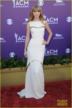 383db3b9199 Taylor Swift - ACM Awards 2012 Red Carpet  Photo Taylor Swift is radiant in J  Mendel on the red carpet of the 2012 Academy Of Country Music Awards held  at ...