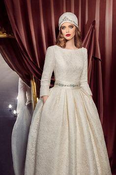 ceb9fc9732e Свадебное платье «Лаура» Татьяны Каплун — купить в Москве платье Лаура из  коллекции «