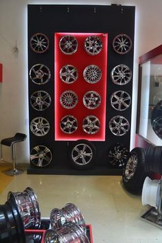 http://www.buzznoida.com/business/automotive-vehicle/tyres-shops-tyre-showrooms/11894.aspx Hot Wheels (Apollo Tyre Dealer Noida / Apollo Tyre Shop Noida & Alloy Wheels & Tyre Service) 9717841595