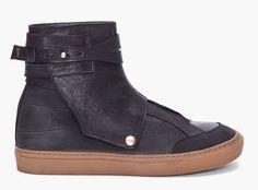 Fifth Avenue Shoe Repair Shackle Sneaker