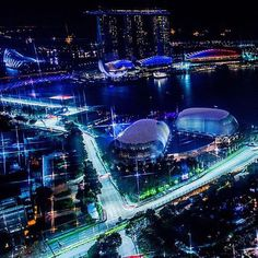 Formula 1 Slings Into Asia For The Singapore Grand Prix - Drafting The Circuits Singapore Grand Prix, Visit Singapore, Red Bull Racing, Island Nations, Countries To Visit, Night City, City Streets, Formula One, Marina Bay