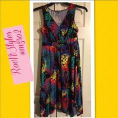 Too Cayutemulti Colored Trapeze Sleeveless Dress