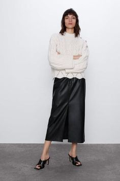 Round neck sweater with long sleeves. HEIGHT OF MODEL: 177 CM / Zara Women, Cable Knit Sweaters, Mannequin, Long Sleeve Sweater, Knitwear, Your Style, Knitting, Pants, Clothes