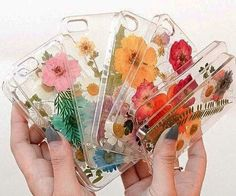 Give your phone a beautiful makeover by protecting it with the pressed flower iPhone cases. Each one of these aesthetically pleasing cases feature a sturdy plastic exterior and comes accented by a lovely hand-placed pressed flower display.