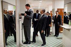 Savoir plaisanter. / Barack Obama. / By Pete Souza.