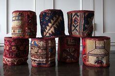 イランの伝統的な手織り絨毯を裁断したオールドギャッベのプランツポットです。植物の鉢カバー以外にも小物を収納したりもできますね。ニューヨークスタイルのインテリアショップ ideot 。クラシカルかつモダンで洗練されたアイテムを提案します。