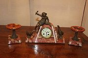 Art Deco Clock Garnature