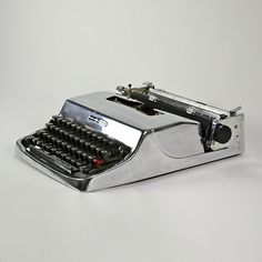 Polished aluminium Olivetti Lettera typewriter from the 1960s, designed by Marcello Nizzoli.