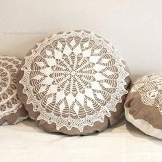 Large Country cottage round doily pillow made of antique hand loomed fabric and vintage doily- decorative accent pillow, Diy Pillows, Accent Pillows, Decorative Pillows, Throw Pillows, Crochet Pillow Pattern, Crochet Cushions, Pillow Patterns, Doilies Crafts, Lace Doilies