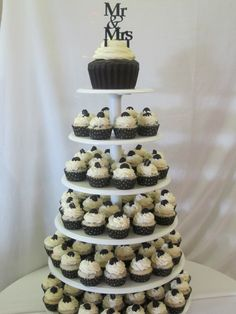 Cookies & Cream Cupcake Tower