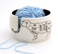 Sheep Parts Knitting Yarn Bowl Diy Gifts, Handmade Gifts, Yarn Storage, Yarn Bowl, Diy Clay, Stoneware Clay, Knit Or Crochet, Yarn Crafts, Knitting Yarn