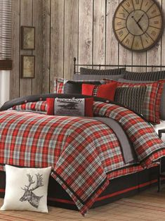rustic cabin decor - cabin by the lake bedroom decor - cabin in the woods bedroom decorating ideas - moose fishing camping hunting lodge bedrooms for boys - black bear decor - rustic furniture - lodge cabin log cabin themed bedroom decorating ideas Plaid Comforter, Queen Comforter Sets, Bedding Sets, Twin Comforter, Red Bedding, Comforter Sets Canada, Luxury Bedding, Bedroom Themes, Bedroom Decor