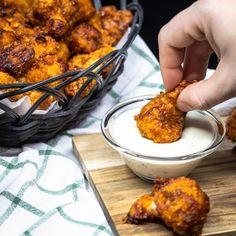Chou Fleur Wings sauce BBQ (Végan) - Free The Pickle - Vegetarische Rezepte Vegan Recipes Plant Based, Vegan Recipes Videos, Vegan Recipes Easy, Vegan Vegetarian, Vegetarian Recipes, Plat Vegan, A Food, Food And Drink, Confort Food