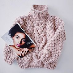 Free Crochet Sweater Patterns Together For You! com sweaters Free Crochet Sweater Patterns Together For You! Winter Sweaters, Cable Knit Sweaters, Sweaters For Women, Chunky Sweaters, Cozy Sweaters, Knit Fashion, Sweater Fashion, Sweater Outfits, Style Fashion