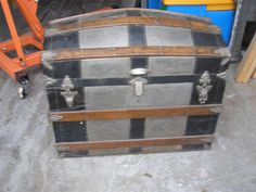 """Antique """"General Grant"""" Domed Steam Trunk"""
