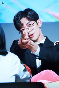 Handsome Korean Actors, Handsome Boys, Jung Hyun, Fnc Entertainment, Kdrama Actors, Kpop Guys, Beautiful Children, K Idols, Future Husband