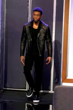 "Chadwick Boseman Stays in ""Black Panther"" Style on ""Jimmy Kimmel Live! Black Panther 2018, Black Panther Marvel, Black Panther Chadwick Boseman, Marvel Actors, Fine Men, Perfect Man, Black Is Beautiful, Swagg, Black Men"