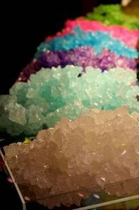 Rock Candy, Your Way - American Spice Recipes Honey Candy, Sugar Candy, Candy Crystals, Sugar Crystals, Confiteria Ideas, Ideas Party, Make Rock Candy, Geode Cake, Butter Pecan
