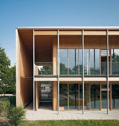 Two daycare centers in Frankfurt – Architecture Timber Architecture, Residential Architecture, Amazing Architecture, Architecture Details, Arch Building, Building Exterior, Facade Design, Exterior Design, Kindergarten Architecture