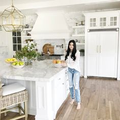 """11k Likes, 120 Comments - Rach Parcell (Pink Peonies) (@rachparcell) on Instagram: """"Behind the scenes today shooting my kitchen!! So excited we finally did a kitchen shoot without…"""""""