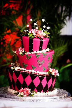Disney Minnie Mouse Pink & Black Cake