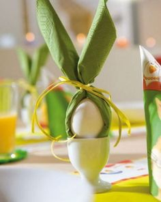 45 Festive Easter Table Decoration Ideas - Sortra